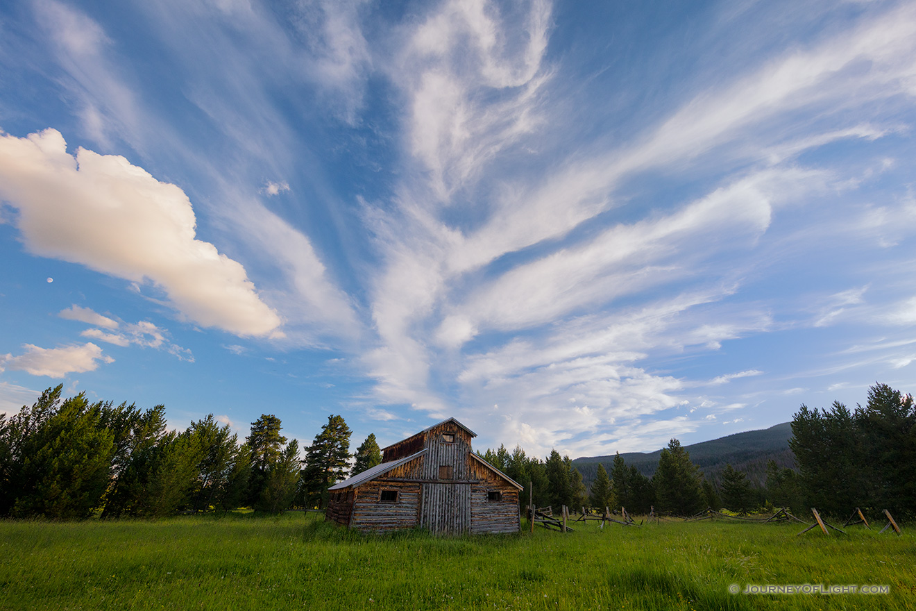 Landscape photograph of an old rustic barn at sunset in Rocky Mountain National Park, Colorado. - Colorado Picture